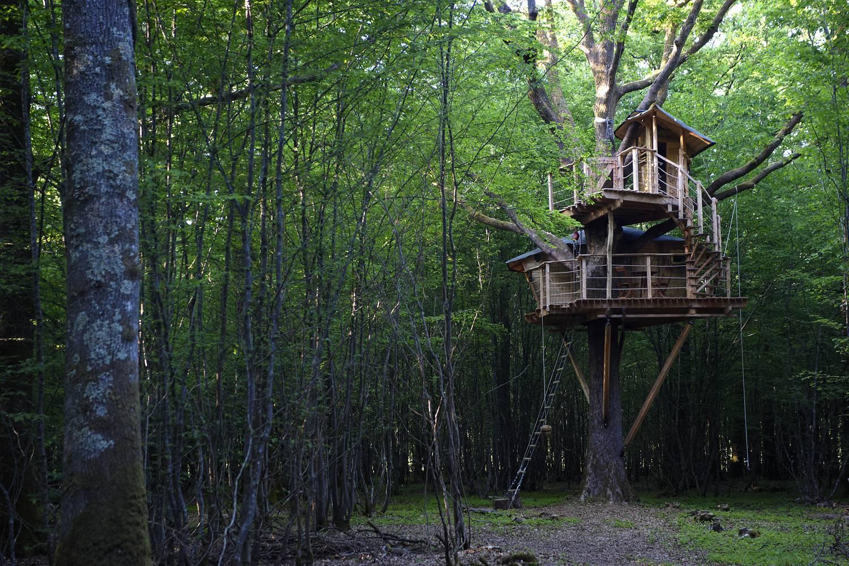 Cabanes dans les arbres dans le perche location cabane for Acheter un bien insolite